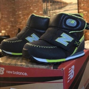 Baby / Infant New Balance Velcro Shoes / Boots